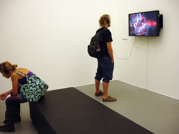 2009_see_this_sound_exhibition_01